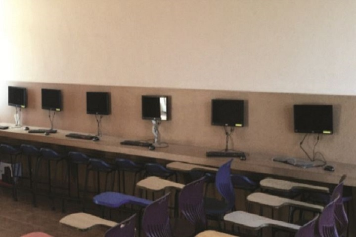 Guru Dashmesh Academy-Computer Lab