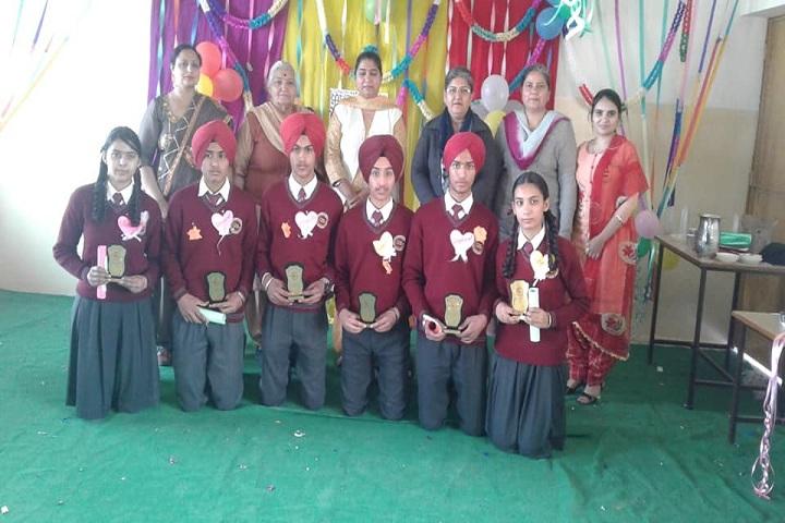 Guru Gobind Singh Academy-Prie distribution