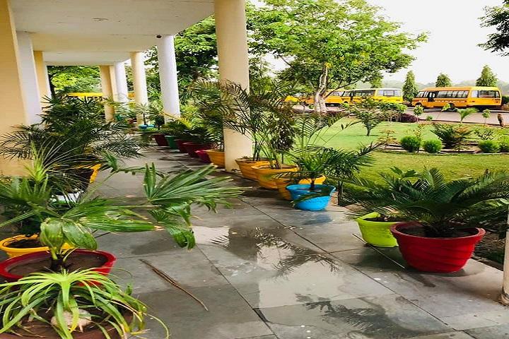 Guru Gobind Singh Public School-Garden