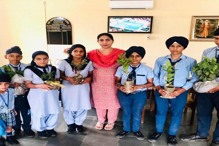 Guru Gobind Singh Public School-Students