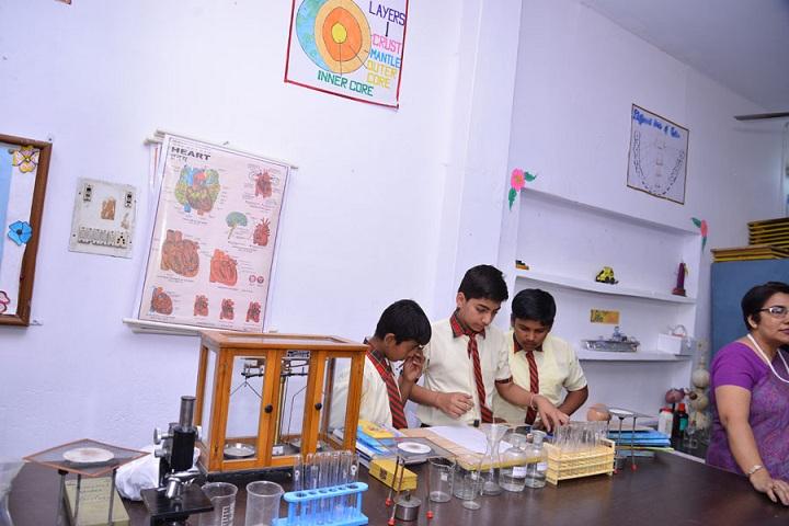 Guru Hargobind Public School-Chemistry Lab