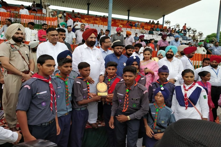 Guru Nanak Dev Public School-Independence Day