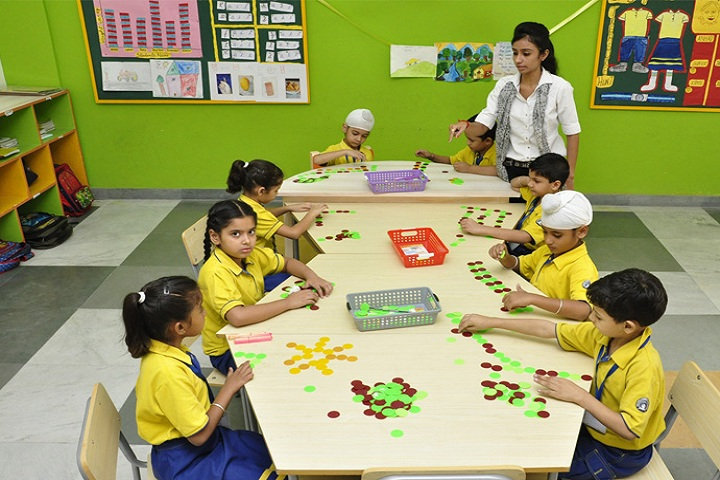 Guru Nanak Foundation Global School-Activity Room