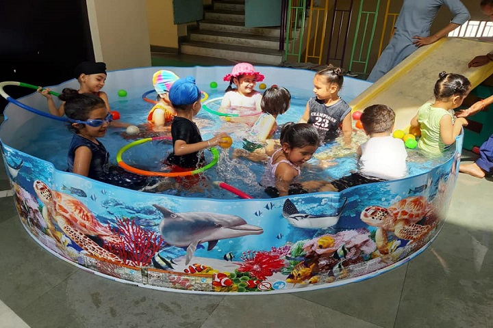 Guru Nanak Foundation Global School-Kids Play
