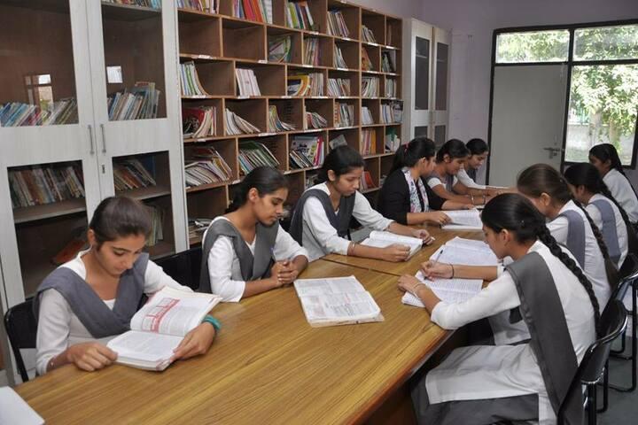 Guru Nanak Foundation Public School-Library