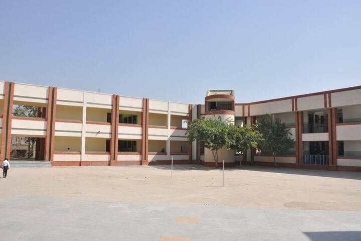 Guru Nanak Foundation Public School-School View