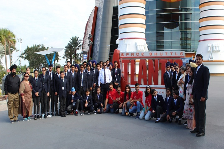 Guru Nanak Mission Public School-Educational Tour