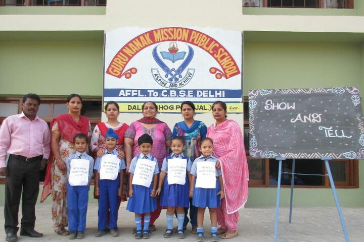 Guru Nanak Mission Public School-Show and Tell