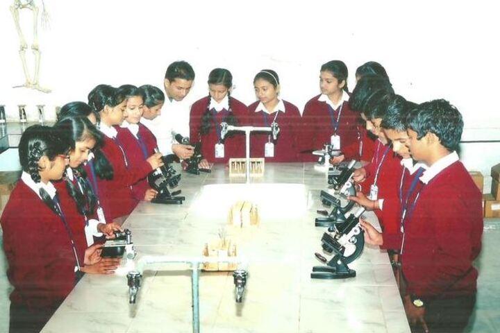 Hyderabad Satyagrah DAV Public School-Biology Lab