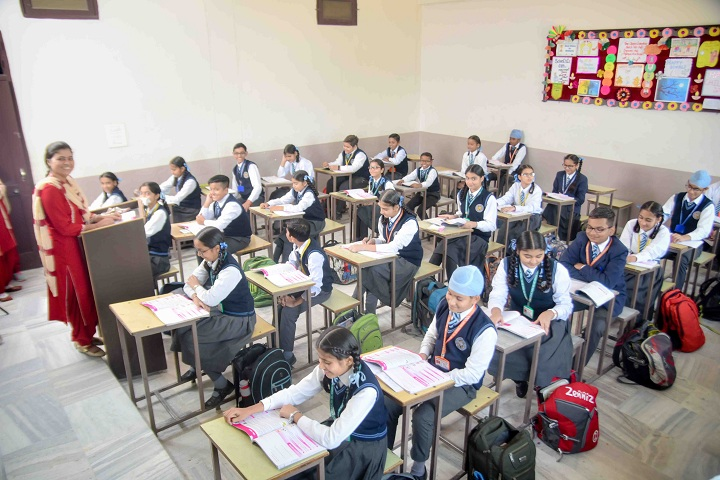 Guru Teg Bahadur Khalsa Public School-Classrooms