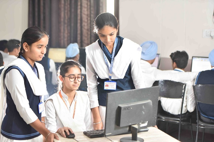 Guru Teg Bahadur Khalsa Public School-Computer Lab