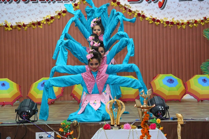 Guru Teg Bahadur Pub School-Dance Performance