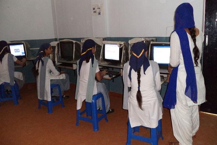 Guru Teg Bahadur Public School-Computer Lab