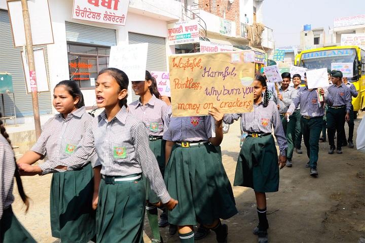 Himland Public School-Rally