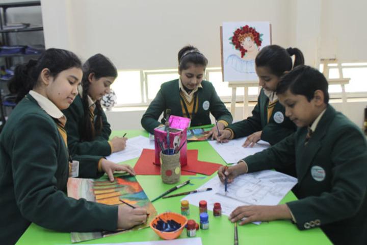 Ivy World School-Art and Craft