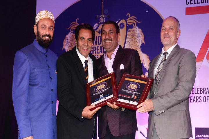 Ivy World School-Award Receiving
