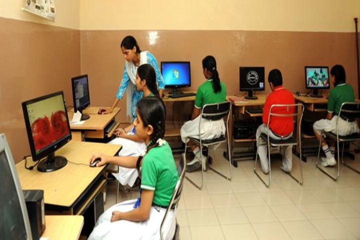 Jalandhar Public School-Computer Lab