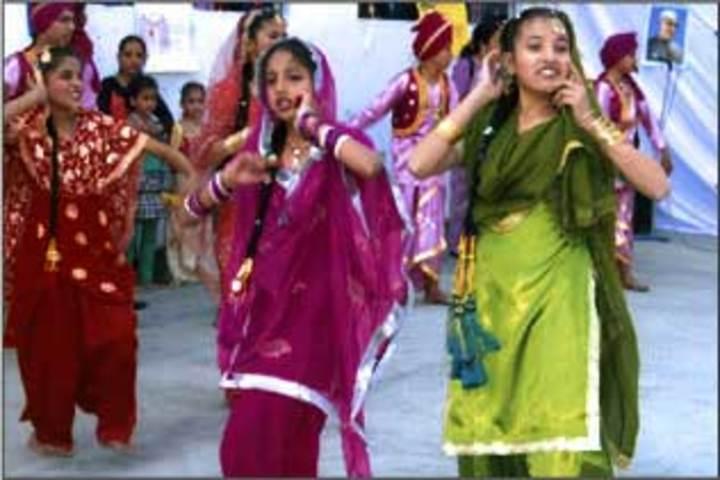 Jalandhar Public School-Dance