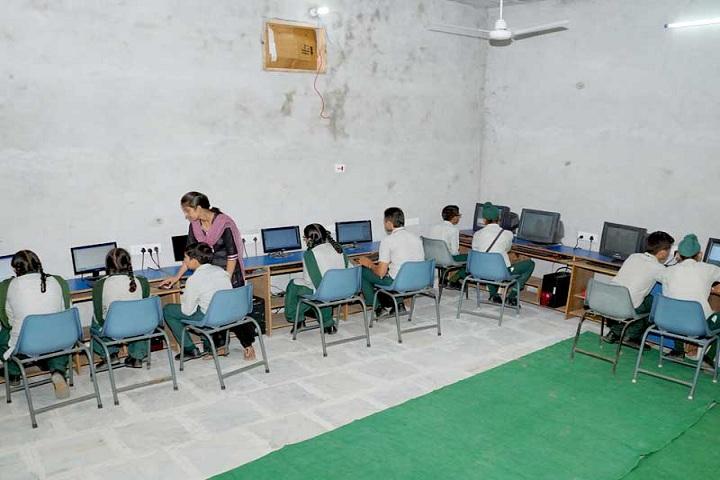 Kalgidhar Public School-Computer Lab
