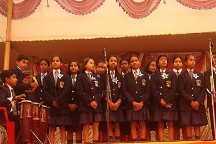 Infant Jesus School-Group Singing