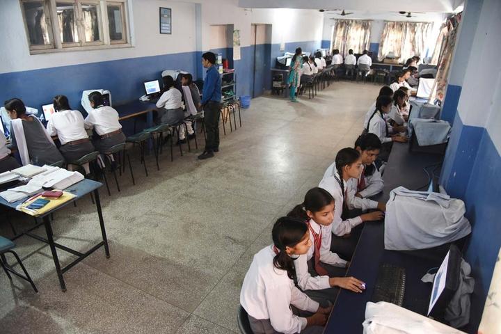 International School-Computer Lab