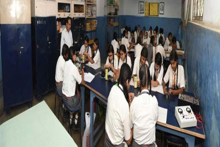International School-Physics Lab