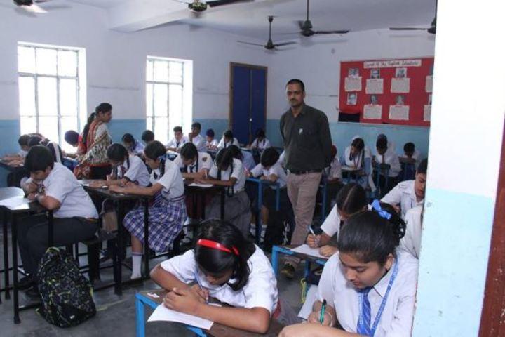 Kulwant Rai Dav Pub School-Classroom