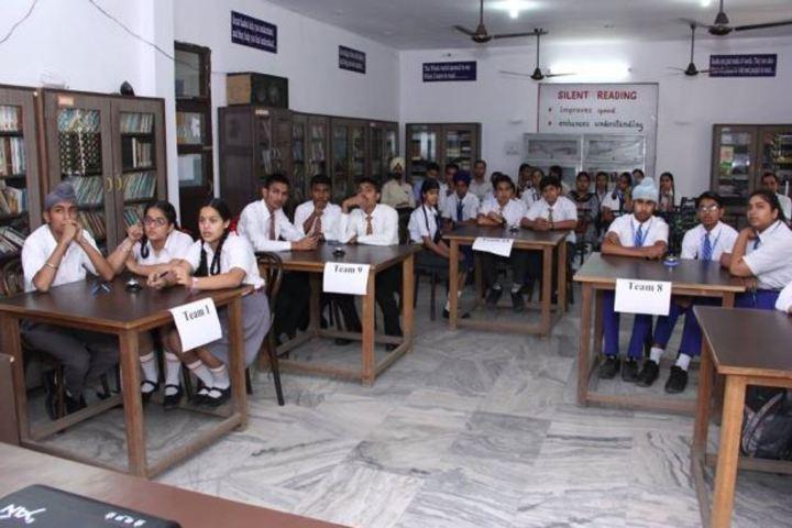 Kulwant Rai Dav Pub School-Library