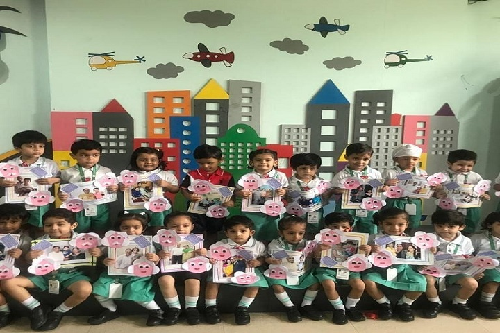 La Blossoms School-Kids