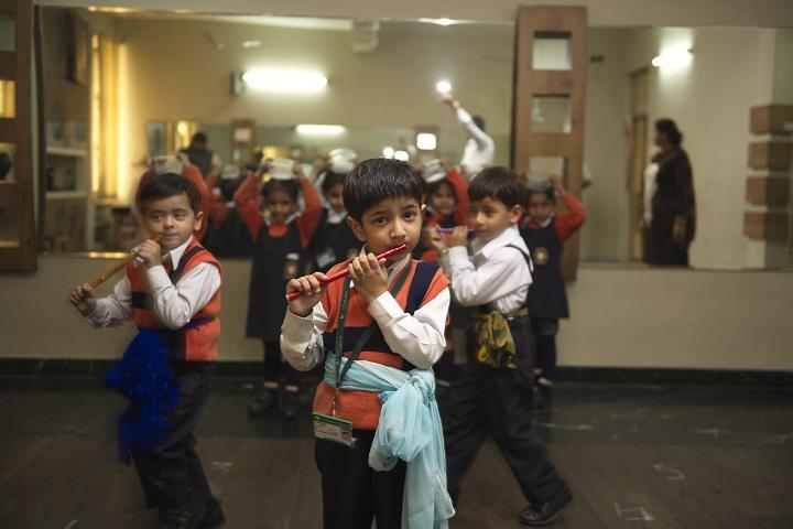 La Blossoms School-Dance
