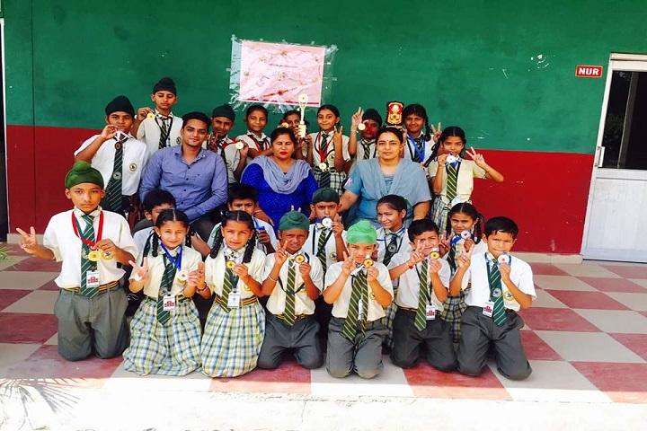 Lakshmi Devi Sahni School-Group-Photo