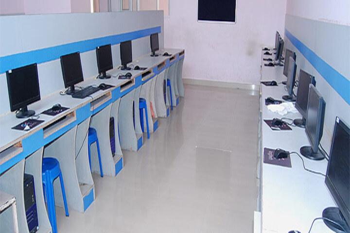 Late Ishar Das Gumber Dav Centenary Public School-Computer-Lab
