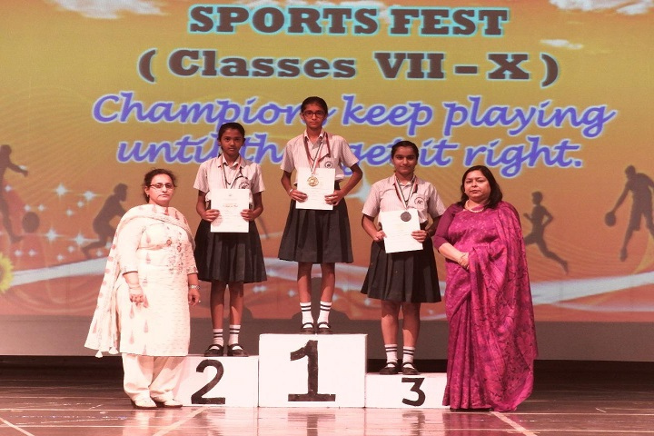 Manav Mangal Smart School-Sports fest