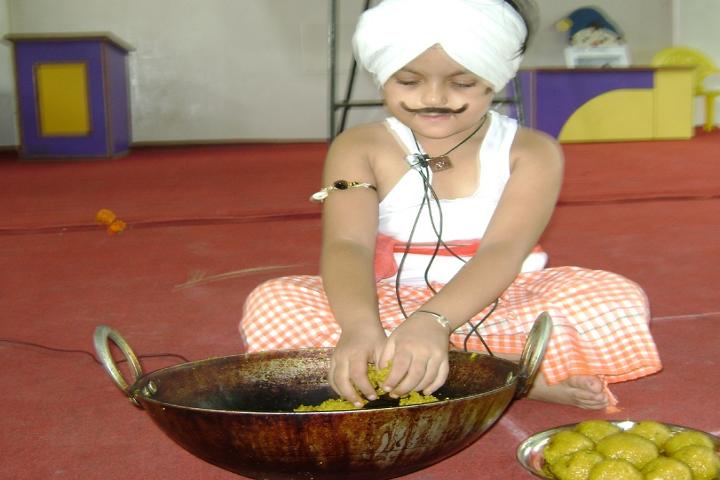 Mata Gujri Public School-Fancydress