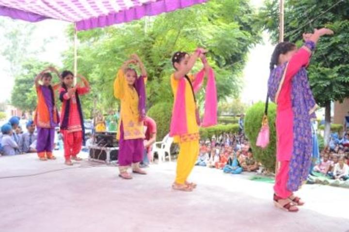 Mata Gujri Public School-Dance