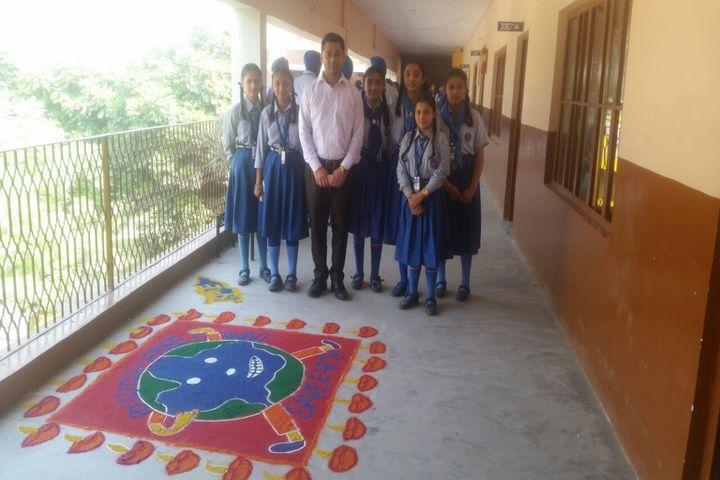 Mata Gujri Public School-Rangoli
