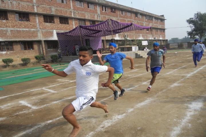 Mata Gujri Public School-Running Competition