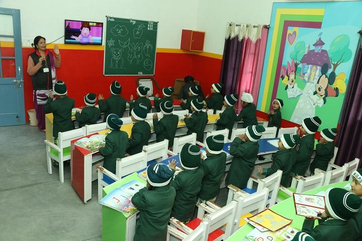Mata Gujri Senior Secondary School-Classroom
