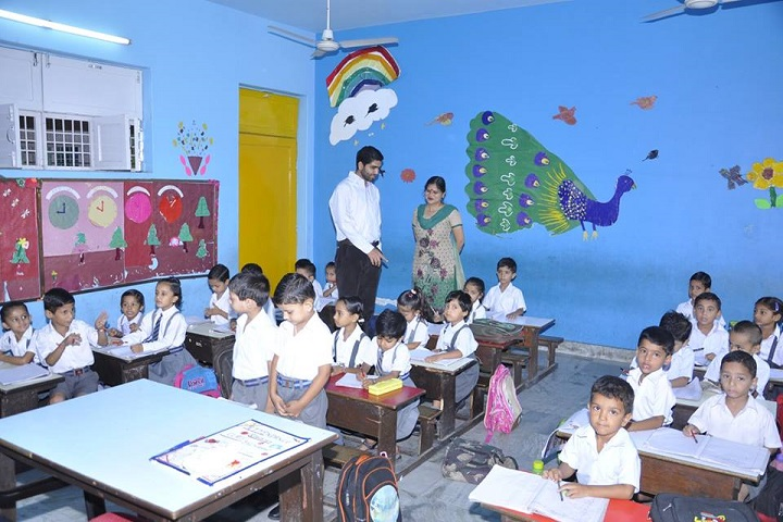 Mela Devi Kalra Arya School-Kids Classroom