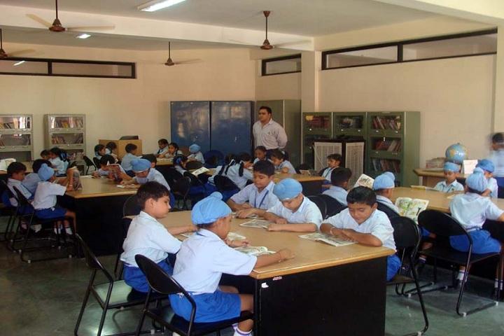 Montgomery Guru Nanak Public School-Library
