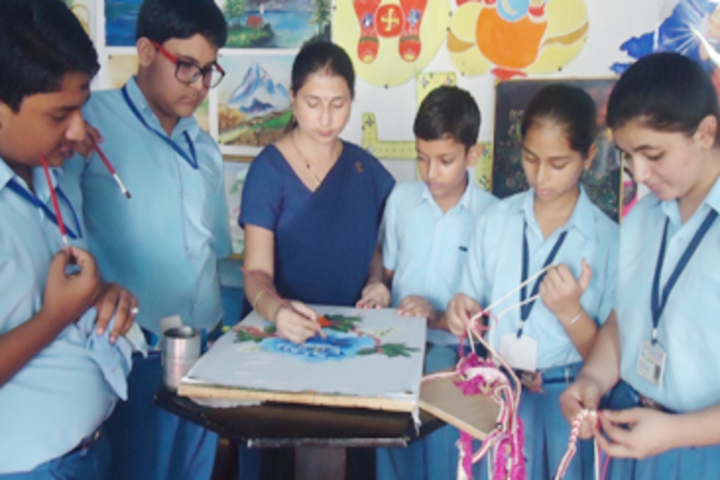 Modern Sandeepni School-Art and Craft