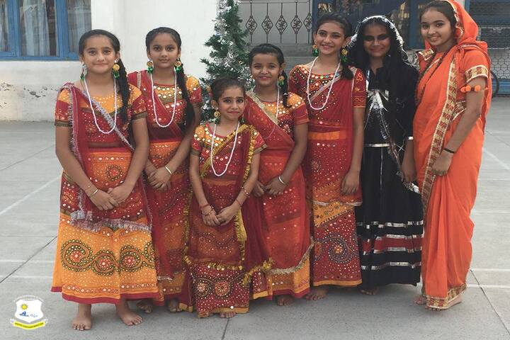 Modern Sandeepni School-Fancy Dress