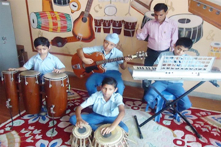 Modern Sandeepni School-Music room