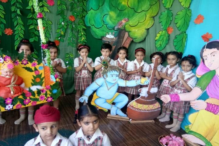 Montessori Cambridge School-Krishnastami