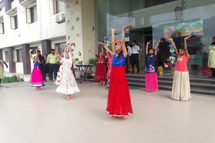 Mother India Public School-Dance