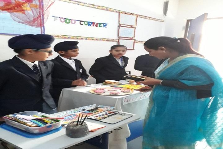 Mount Litera Zee School-Food Corner at school