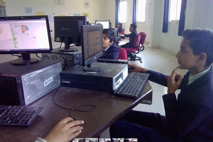 Mount Litera Zee School-Computer Lab
