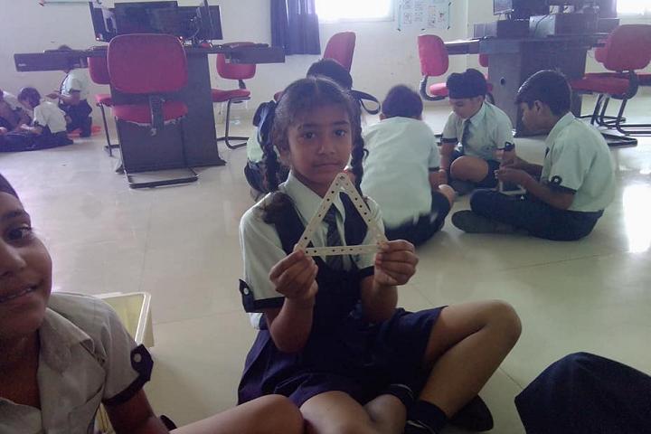 Mount Litera Zee School-Robotic Era