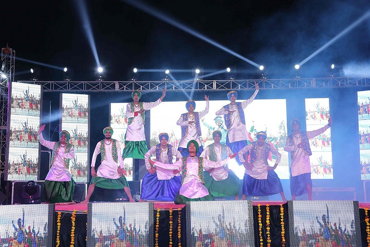 Mount Litera Zee School-Bhangra