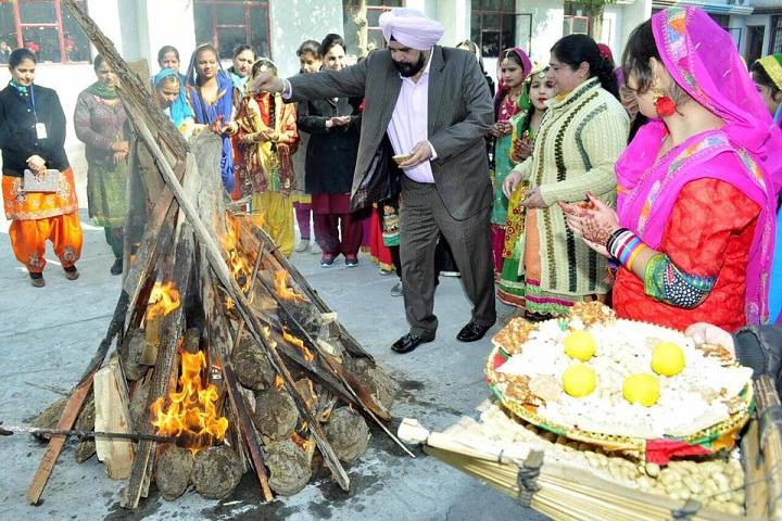 Narain Public School-Festival Celebrations